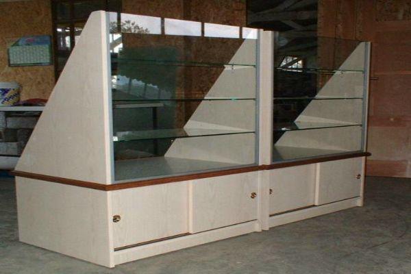Agencement de magasins Présentoirs meubles de rangements